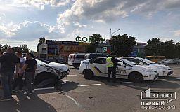 В результате ДТП с маршруткой и легковушкой пострадали двое криворожан