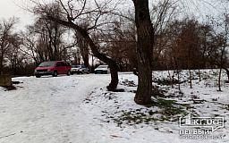 В Кривом Роге возле роддома обнаружили труп мужчины
