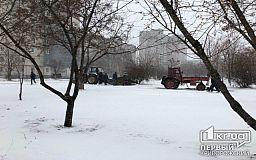 Рождественский вечер сотрудники Кривбассводоканала провели в сквере, где их дважды ждали на прошлой неделе