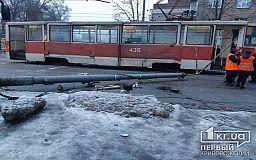 Водитель автобуса травмирован, движение автобусов на проспекте Южный в Кривом Роге затруднено