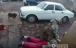 Выпивший криворожанин, обстрелявший автомобиль из ружья, задержан правоохранителями (Видео)
