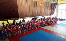 Криворожане заняли первое место на чемпионате области по самбо