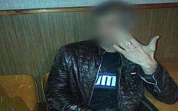 Бросил окурок в полицейского: в Кривом Роге задержали дебошира