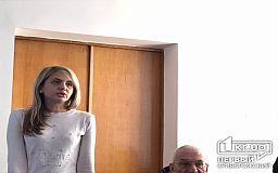Жителям криворожской многоэтажки, которые в -9 градусов мерзнут без отопления, чиновники пообещали решить их проблему до конца дня
