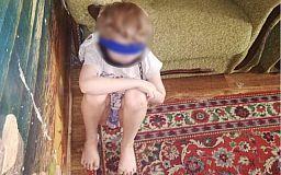 Дело опекунши, обвиняемой в пытках над ребенком, передали в днепровский суд