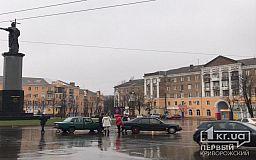 На площади Владимира Великого в Кривом Роге случилось ДТП