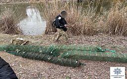 Полицейские задержали криворожанина, который ловил рыбу сетями