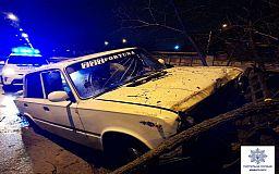 На пьяного криворожанина, который влетел в забор на авто, составили 4 админпротокола