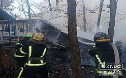 В Криворожском районе сгорело заброшенное здание