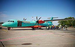 Самолетом в Киев из Кривого Рога воспользовались менее 400 человек за 2 месяца