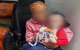 Криворожские патрульные нашли родственников потерявшегося ребенка