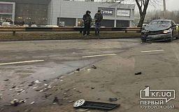 В Кривом Роге в ДТП попали такси и медицинское авто
