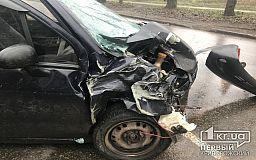 В аварии возле остановки пострадали четверо человек (ОБНОВЛЕНО)