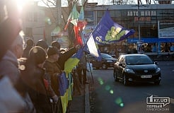 Митинг в поддержку евроинтеграции Украины и против жестокого разгона людей на Евромайдане