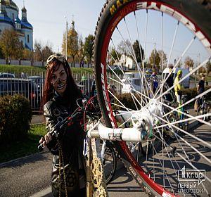 Велопробег HallowRide в Кривом Роге