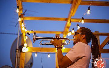 Джаз на Даху: Dennis Adu Quartet