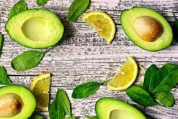 Как дозреть авокадо: рассказывает Евгений Клопотенко