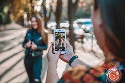 Идеи и позы для осенней фотосъемки на камеру  смартфона