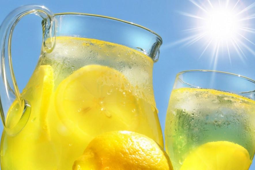 Вместо кофе: холодные летние напитки, которые зарядят энергией