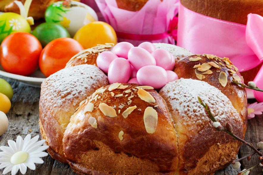 Блюда на Пасху: нестандартные варианты кулича и праздничных десертов