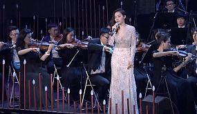 Ария Дивы Плавалагуны из «Пятого элемента» с оркестром.