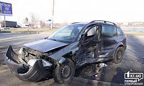 ДТП Кривой Рог: авария возле оптового рынка | 1kr.ua