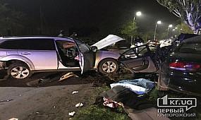 В результате лобового столкновения авто погибла криворожанка.
