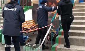 Женщина с ребенком выпрыгнула с 10 этажа