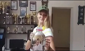 Криворожанка у #BottleCupChalleng