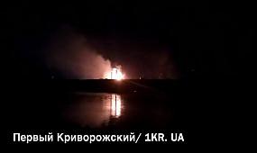 Над заводом АМКР вторую ночь подряд полыхал огонь