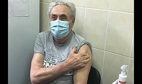 Вакцинация спасет от коронавируса, — 80 летний криворожанин | 1kr.ua